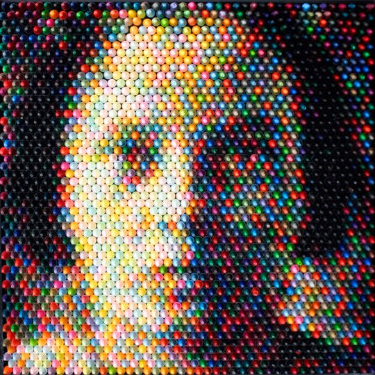 Crayon as pixels, by Christian Faur