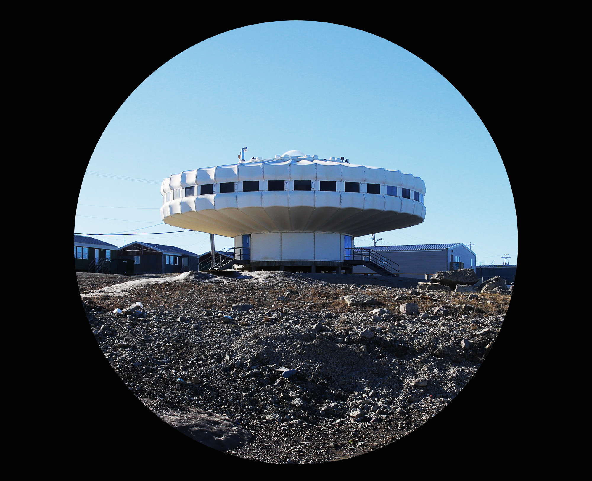 ufo0.jpg