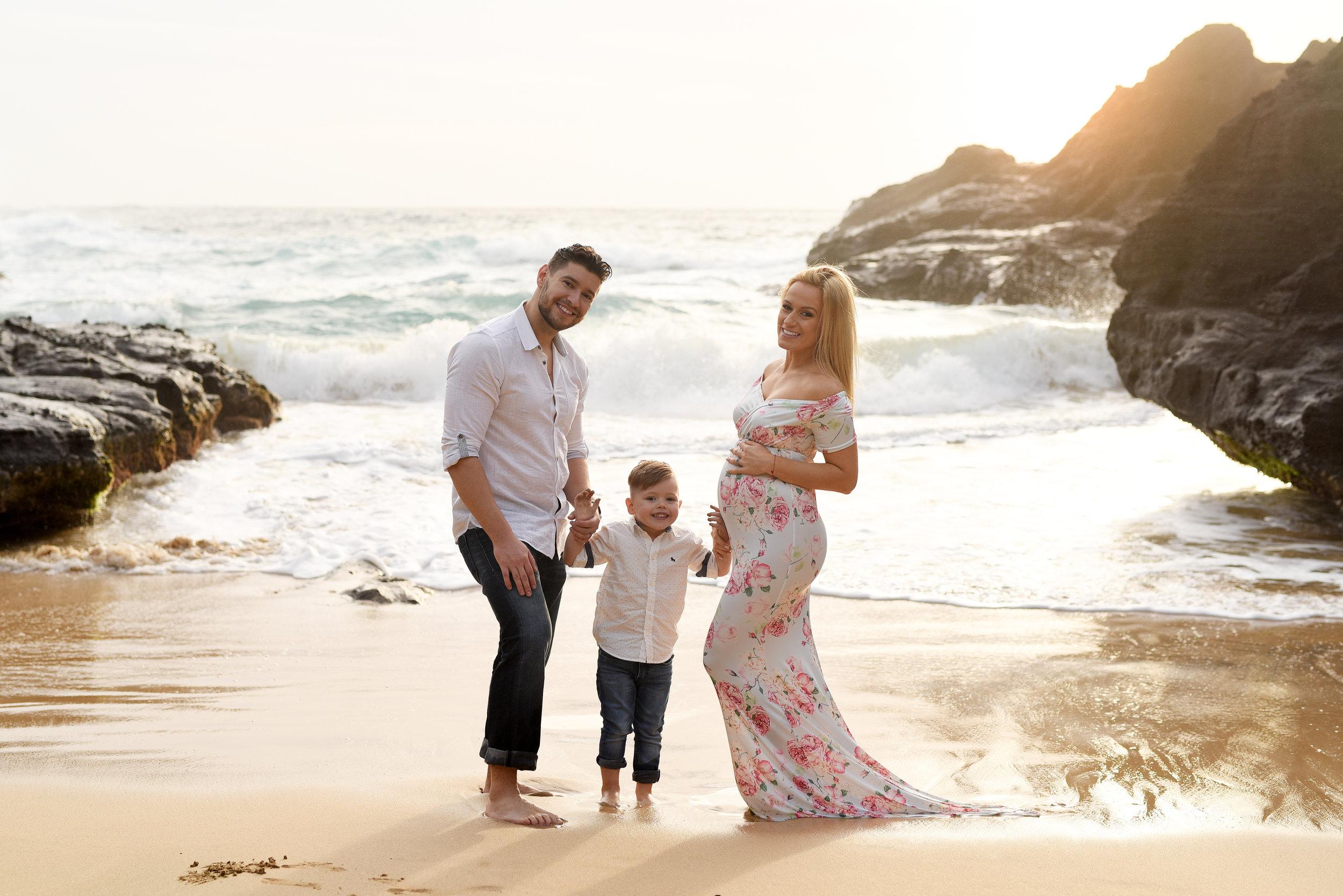 sarah_lynn_photography_maternity_photographer_oahu_hawaii