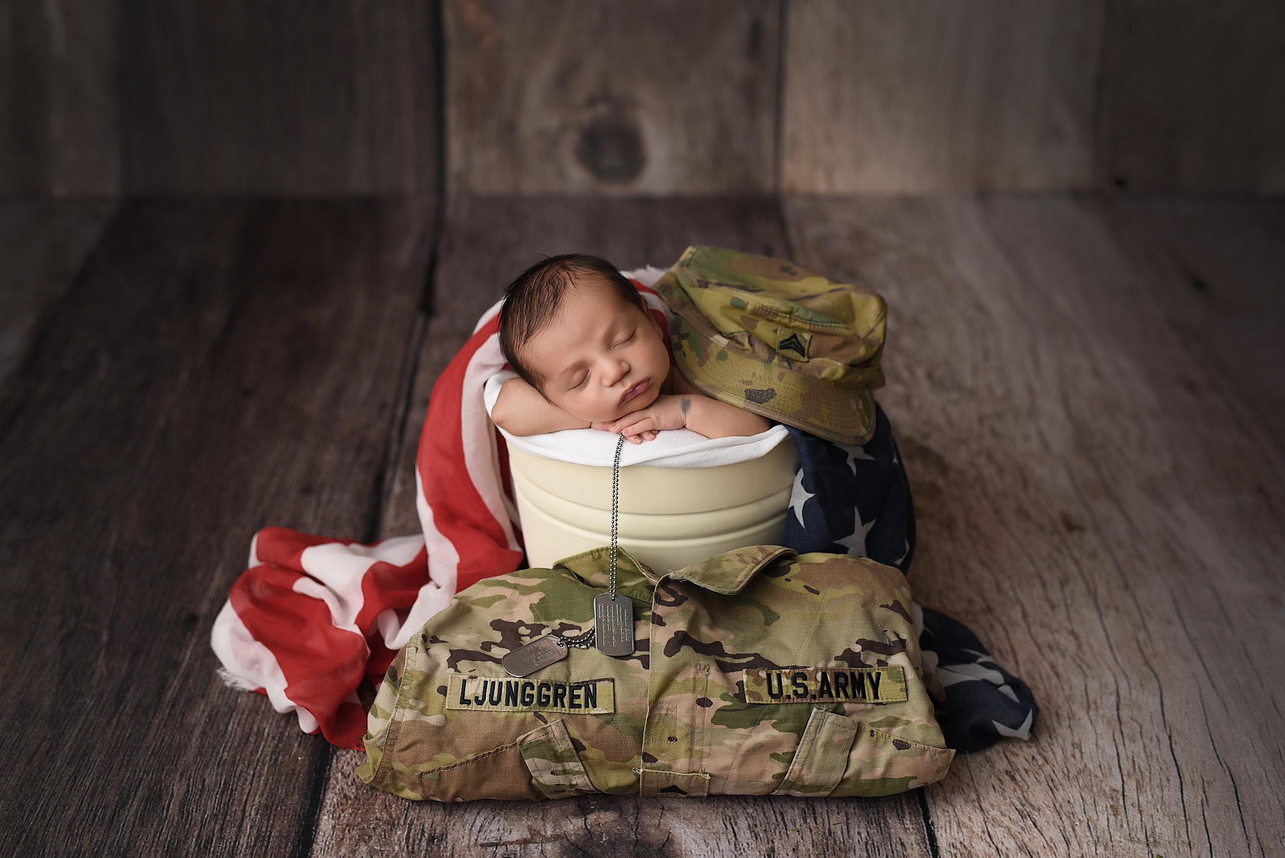 Ljunggren Newborn-20.jpg