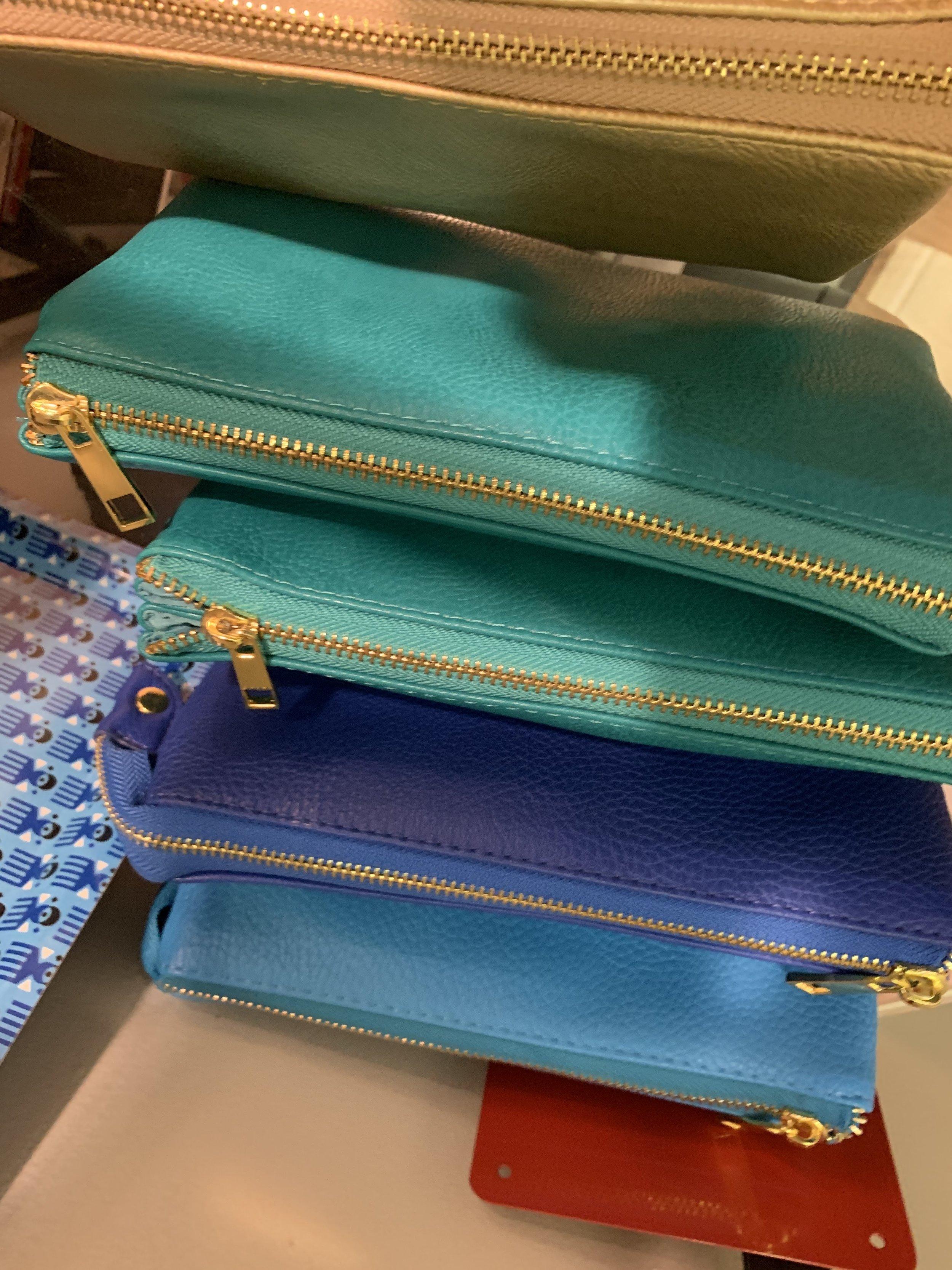 purses2.jpg