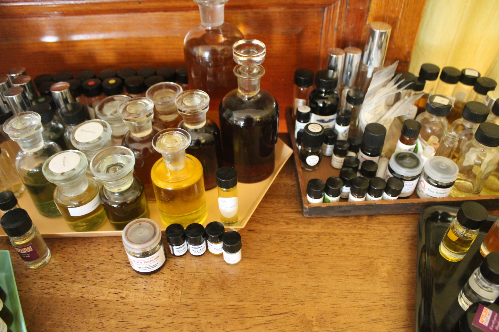 Jessica Hannah has curated a stellar assortment of perfume oil from across the globe- smoke, flowers, musk. It's all here.