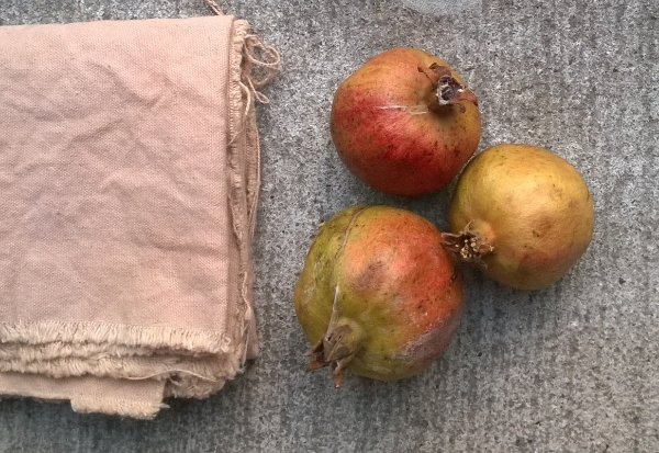 Cotton cloth dyed with pomegranate