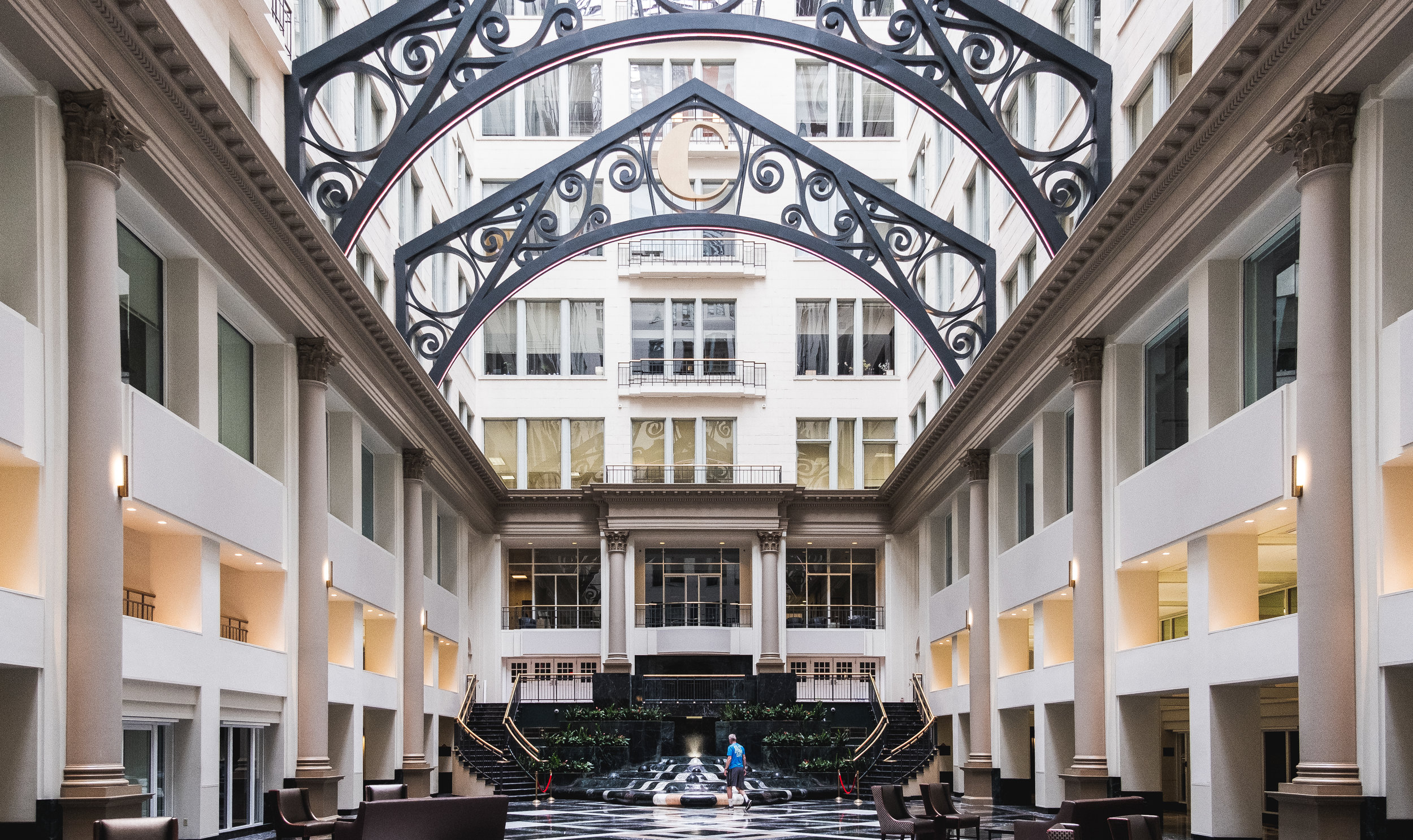 2019_ATRIUM AT THE CURTIS CENTER_THE PHILLY CHECKLIST-4.jpg