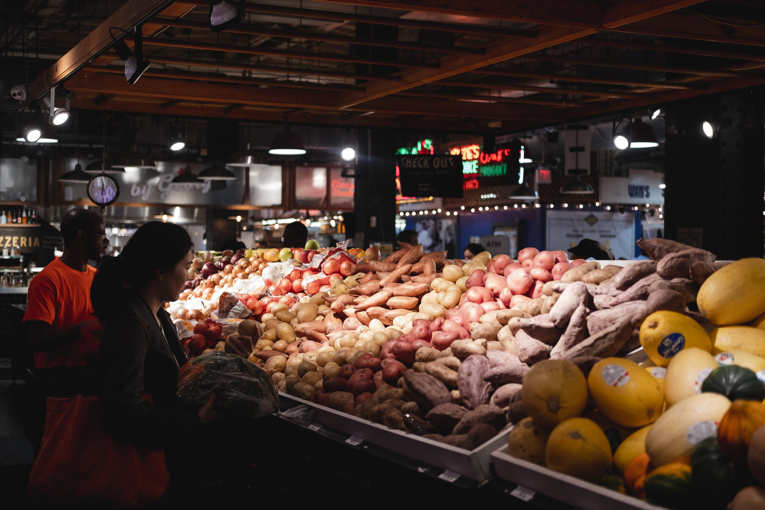 2019_READING TERMINAL MARKET_FOOD_THE PHILLY CHECKLIST-1.jpg