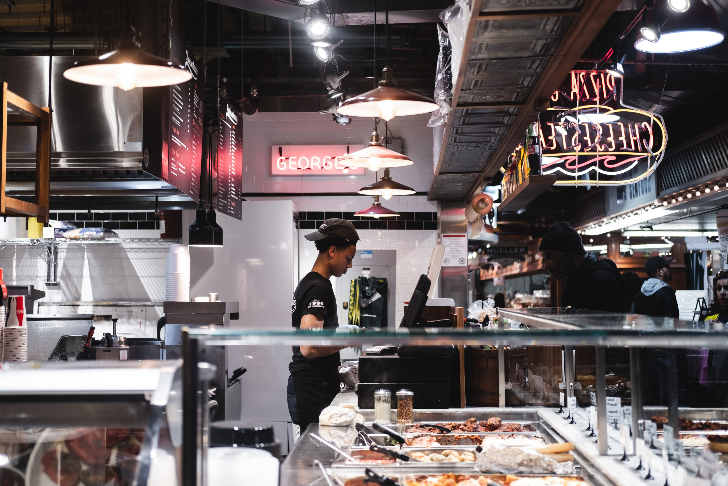 2019_READING TERMINAL MARKET_FOOD_THE PHILLY CHECKLIST-3.jpg