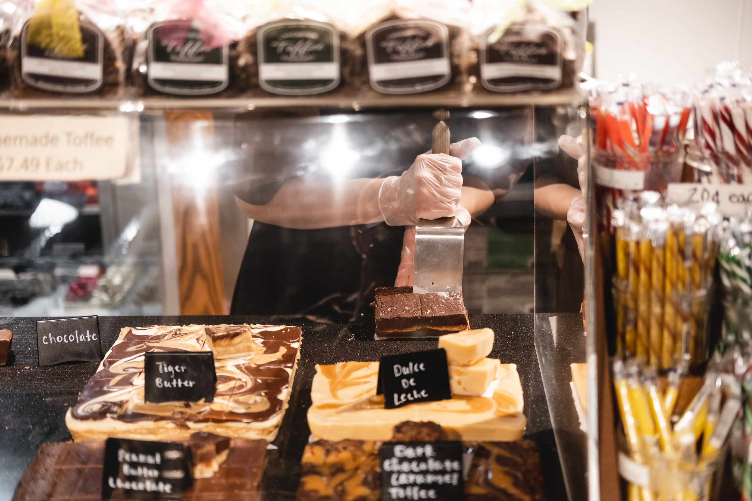 2019_READING TERMINAL MARKET_FOOD_THE PHILLY CHECKLIST-11.jpg