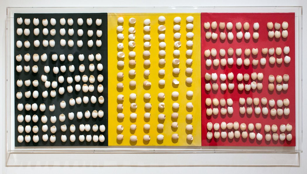 Marcel Broodthaets, Untitled, Eggshells with the colors of the Belgian flag