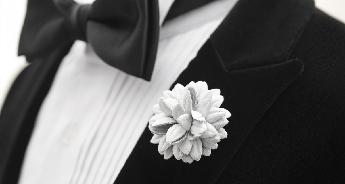 #FleurdPins-White-Leather-Dahlia-Banner-FleurdPins-photo-by-Andrew-Werner.jpg
