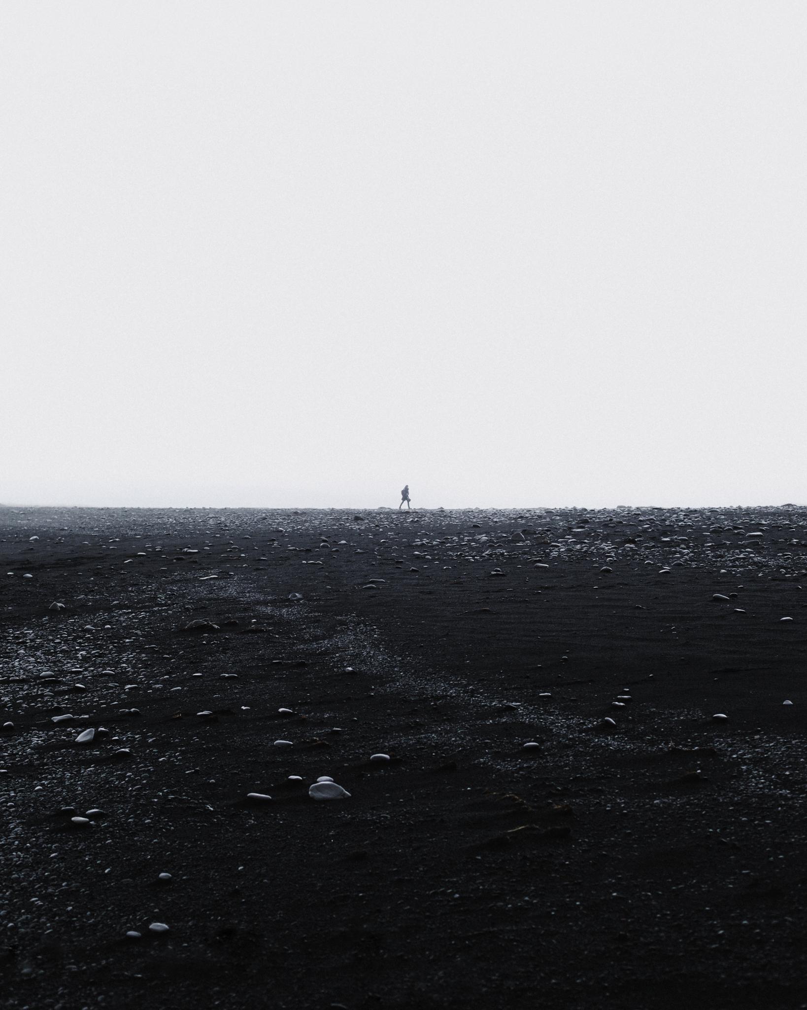 Moonwalker, Iceland