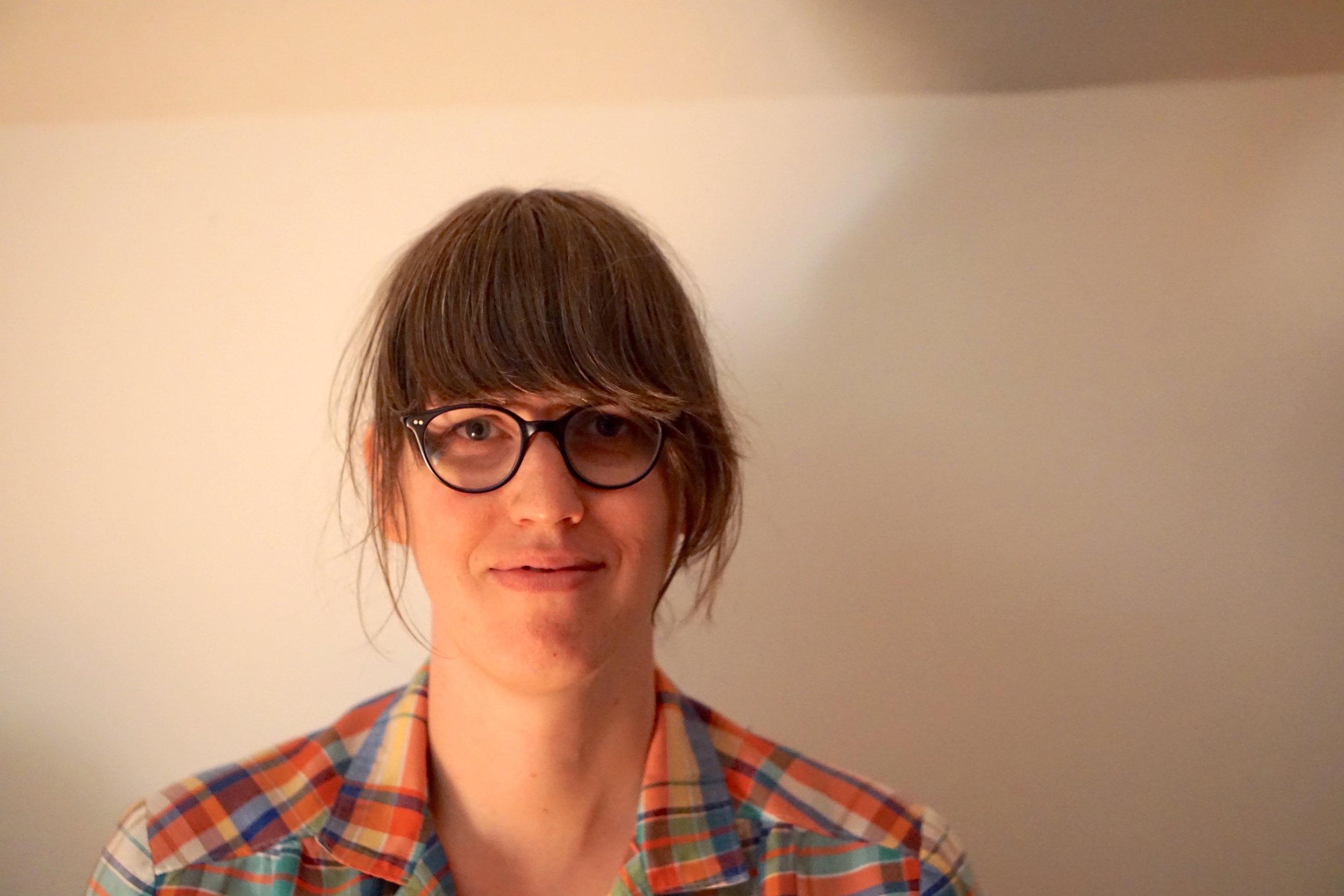 Sarah Hennies-headshot.jpg