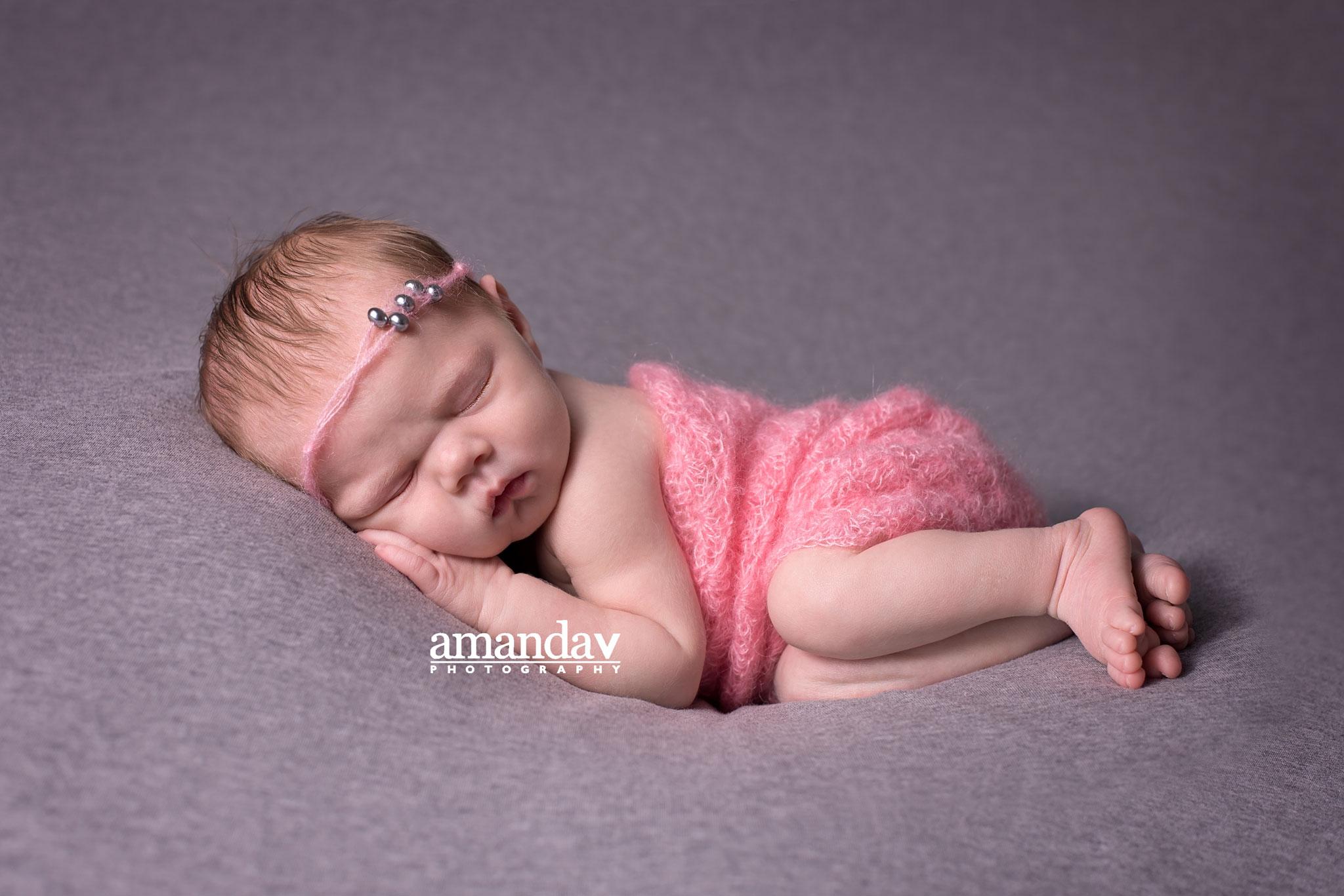 kelowna-newborn-photographer