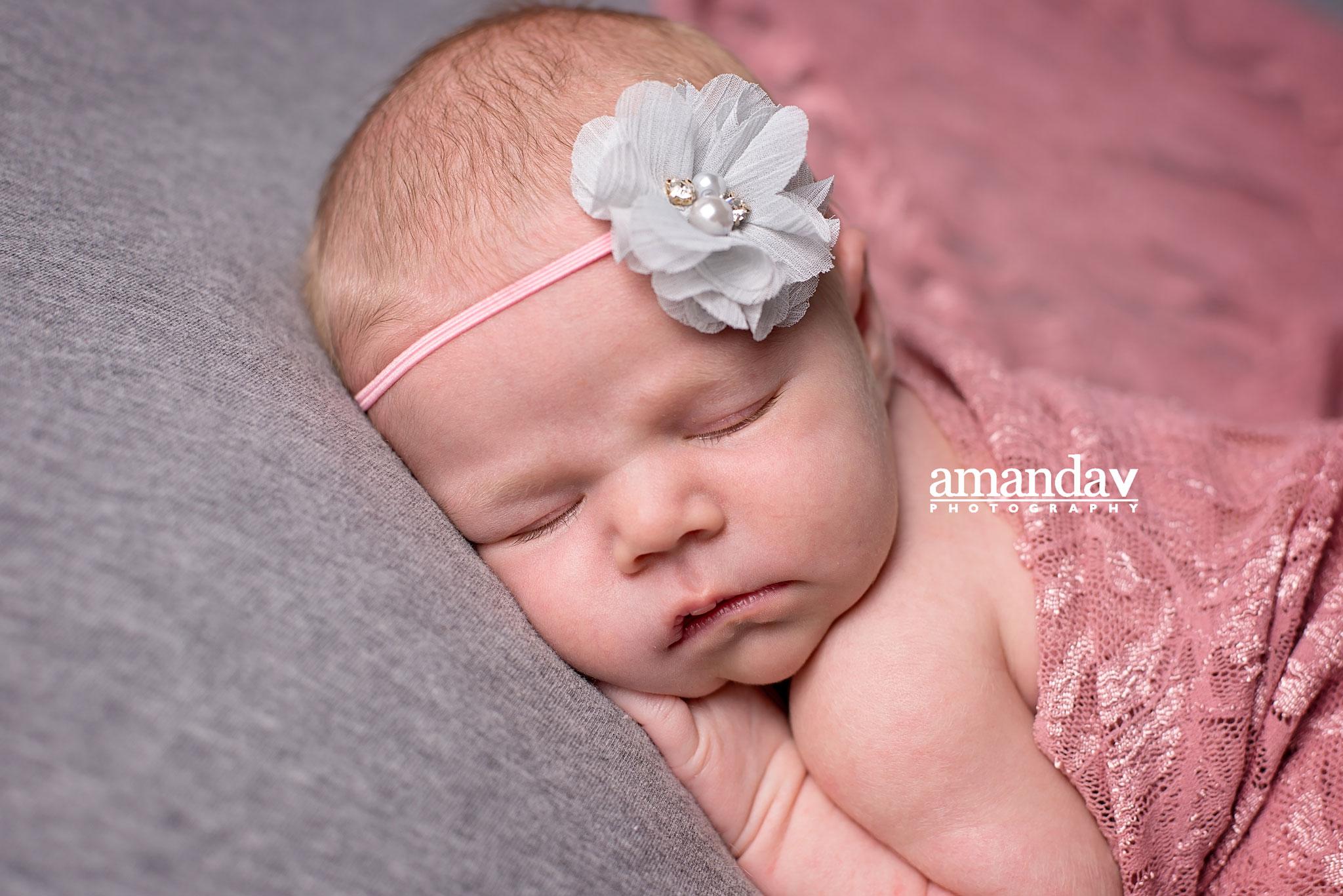 Kelowna newborn photographer