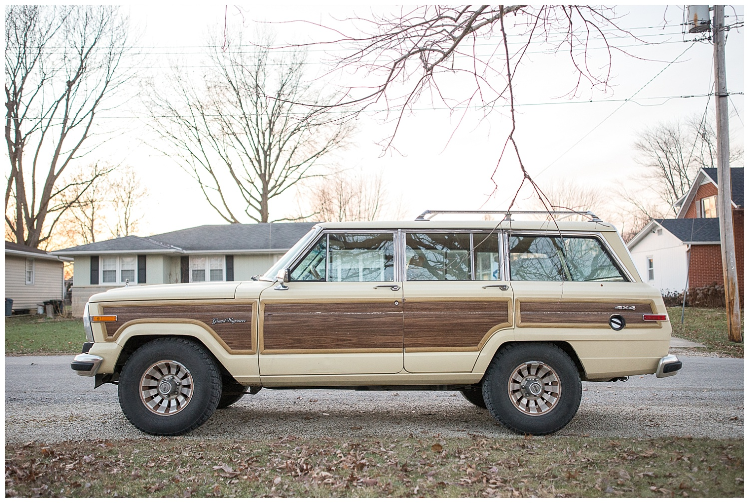Kevin's 1988 Jeep Grand Wagoneer.  Be still my heart.