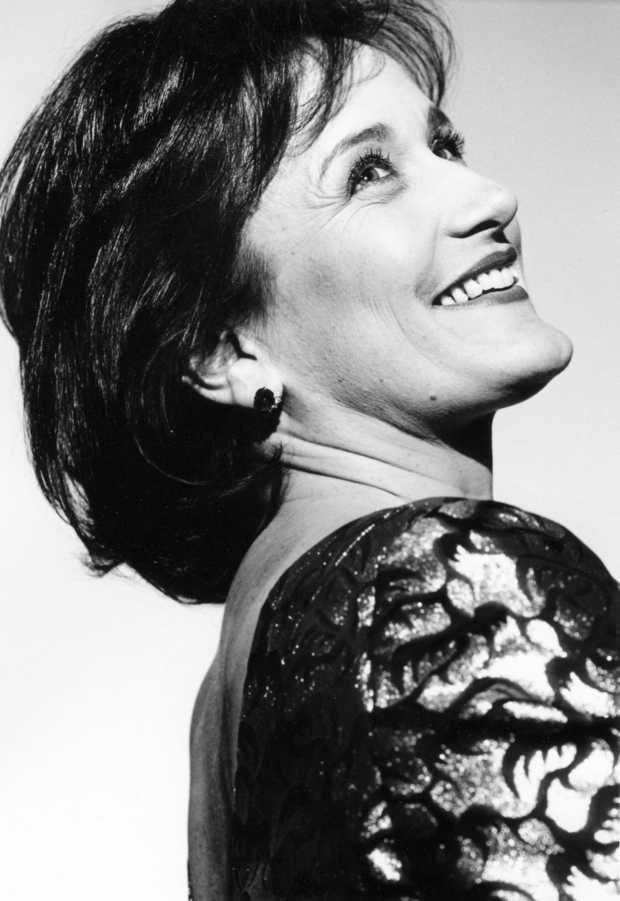 Lucy Shelton