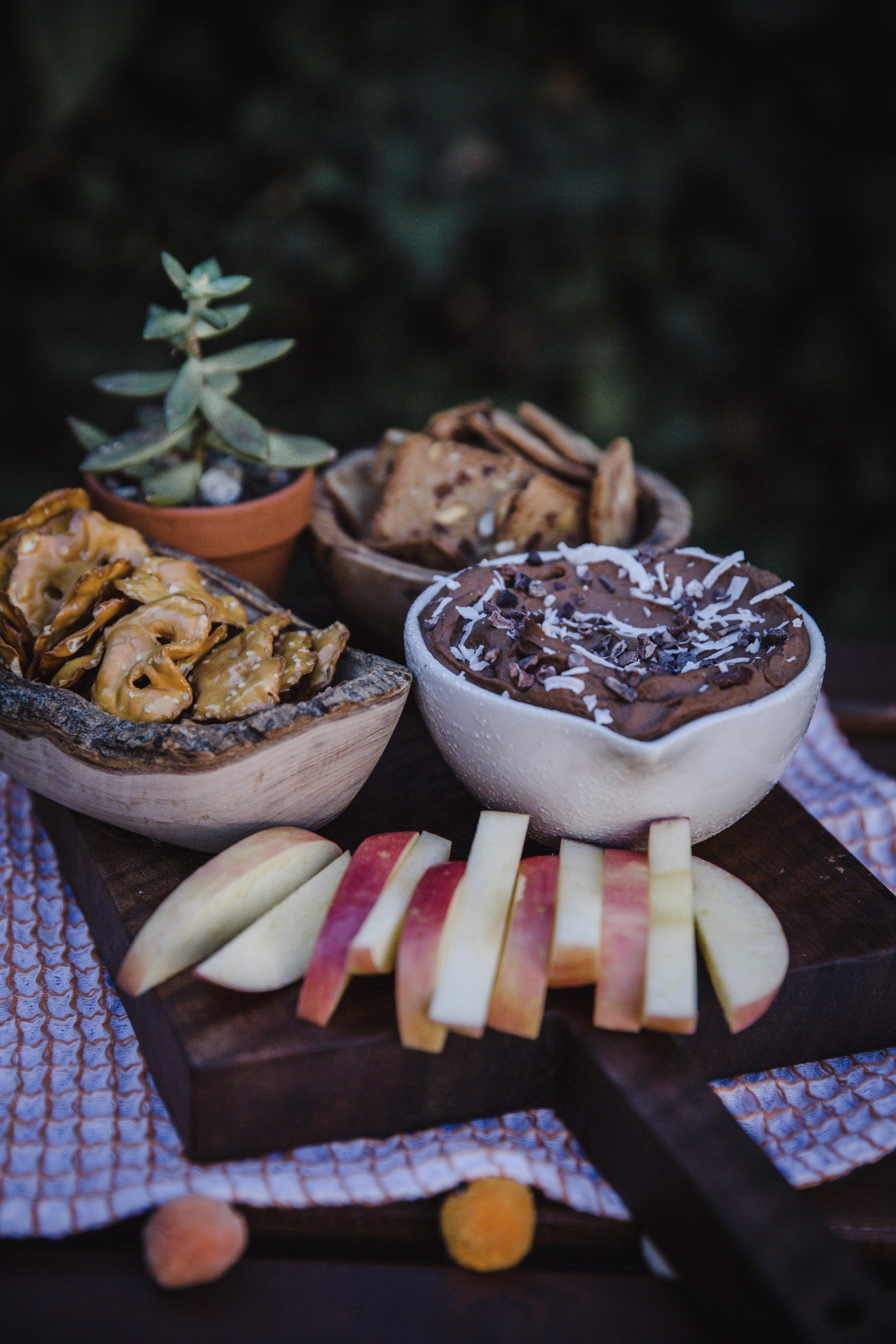 3-Ingredient Chocolate Hummus