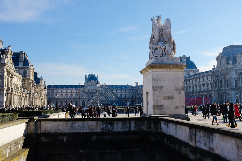 thelouvre04.jpg