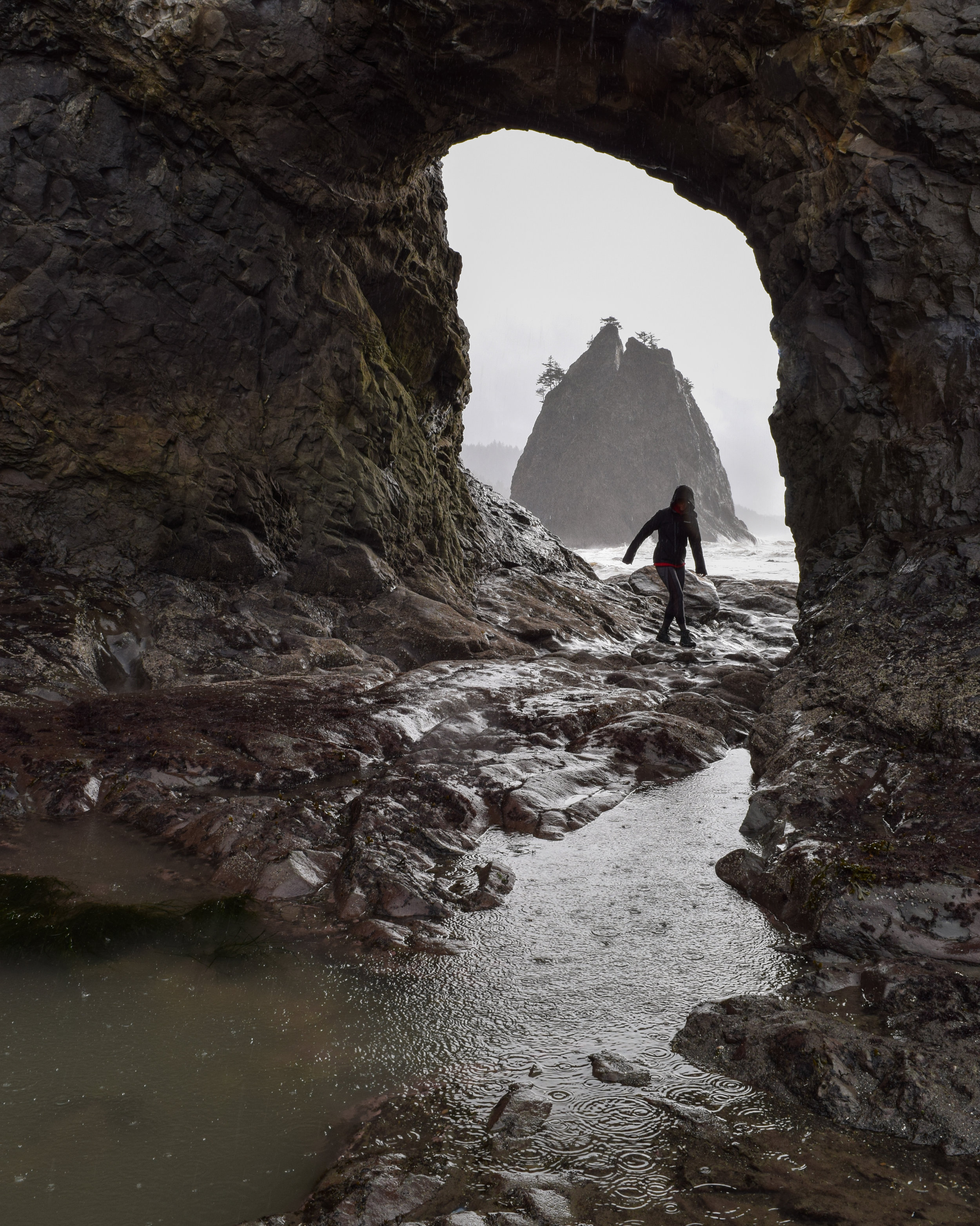 Hiking Through Hole in the Wall