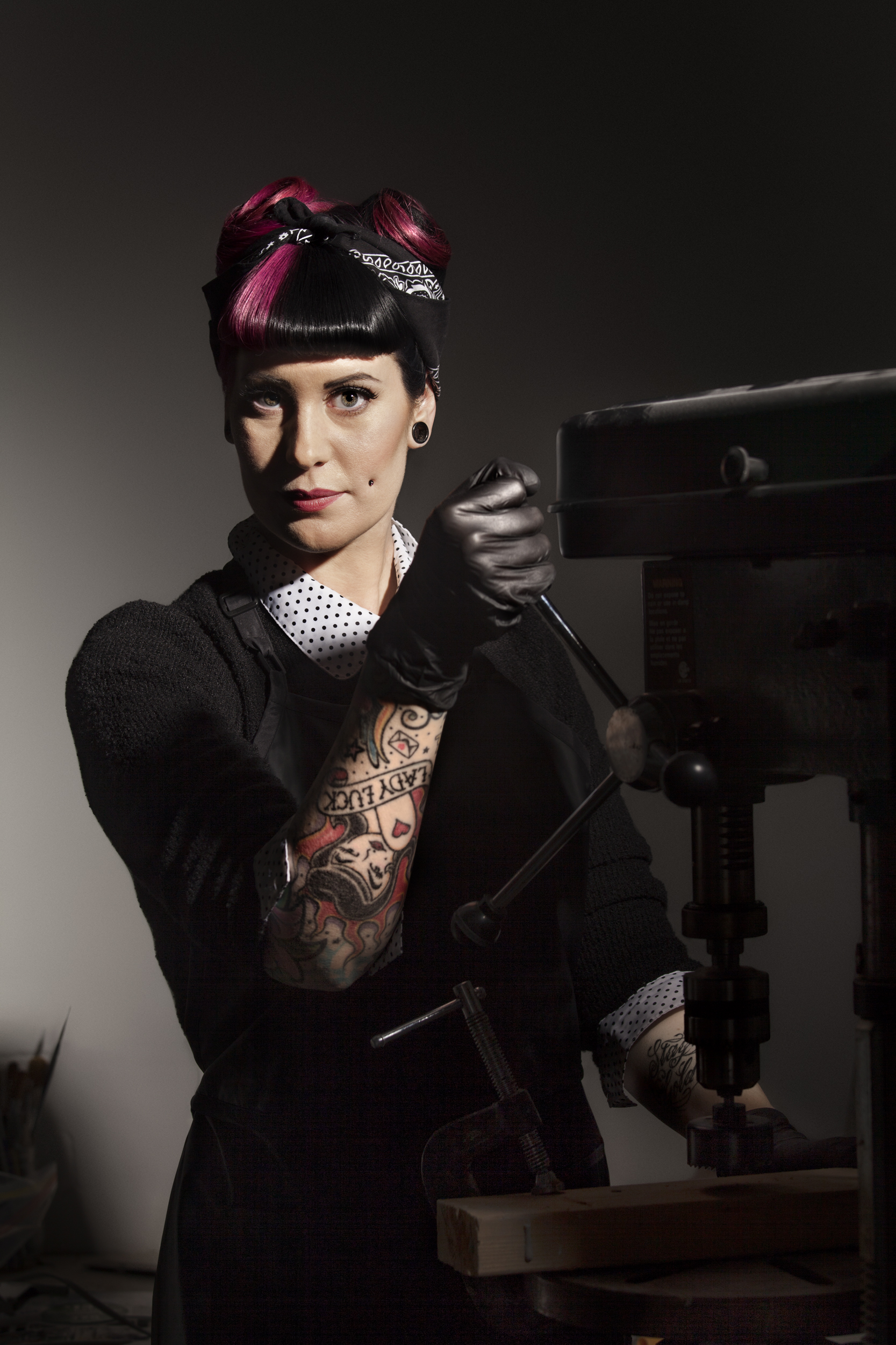 Jen Wright of Sinister Rouge Make-Up FX Studio