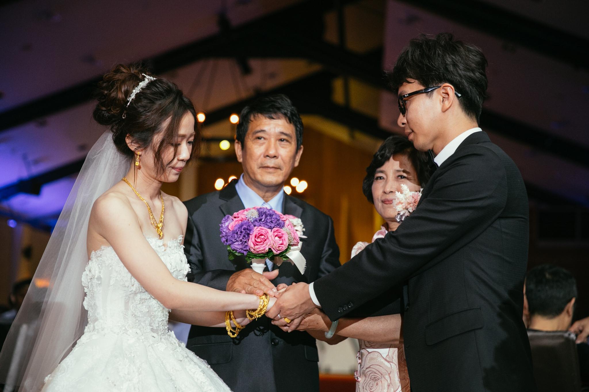 Tina+Nash-wedding-台北婚禮迎娶晚宴-新莊終身大事-126.jpg