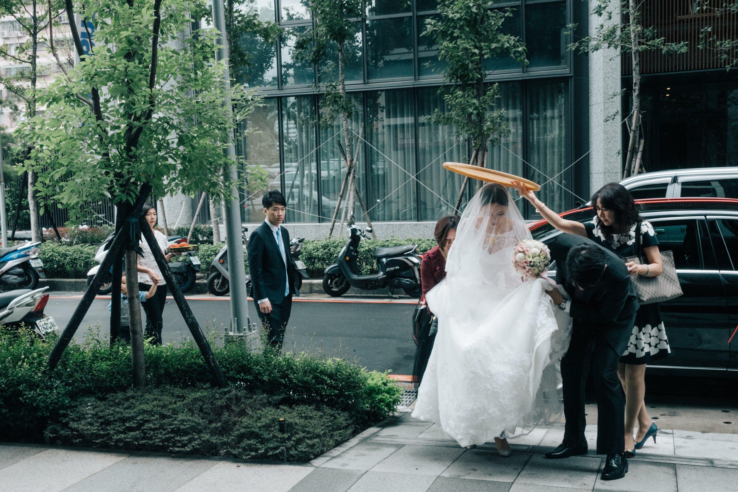 婚禮紀實-karen-ching-wedding-長榮空服-文定迎娶晚宴-新莊典華-dinner-taipei_87.jpg