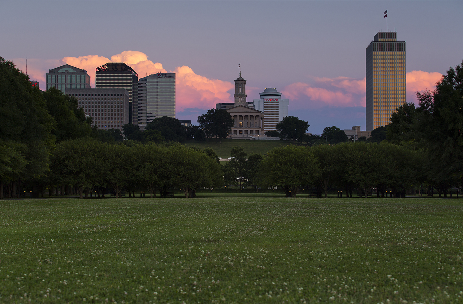 Tennessee State Capital building at sunset.