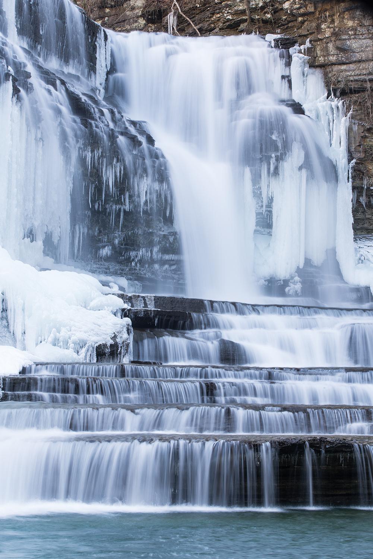 Cummins Falls vertical 1