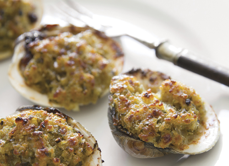 baked clams with basil breadcrumbs