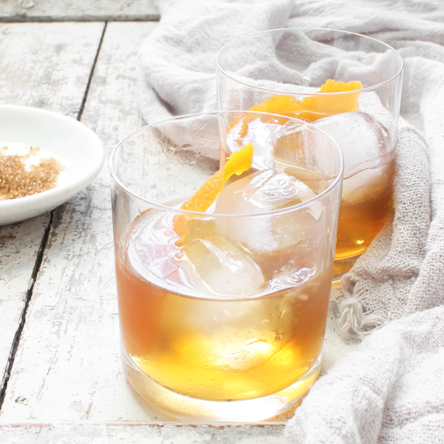 ingredient-profile-whiskey-smoked-old-fashioned.jpg