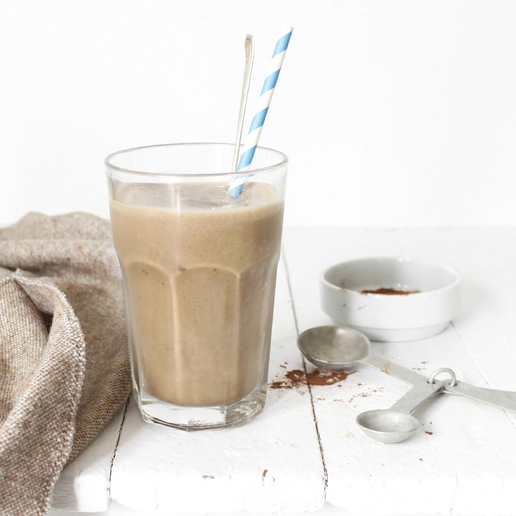 chocolate-y banana smoothie
