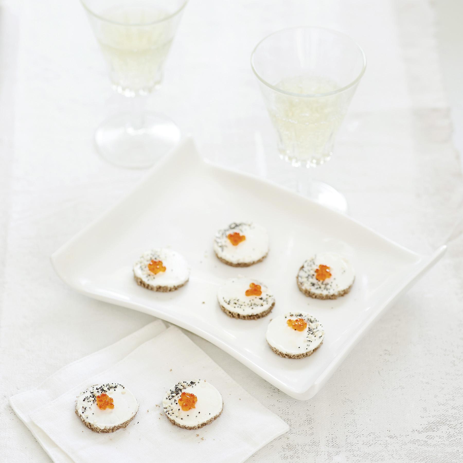 caviar + everything bagel bites
