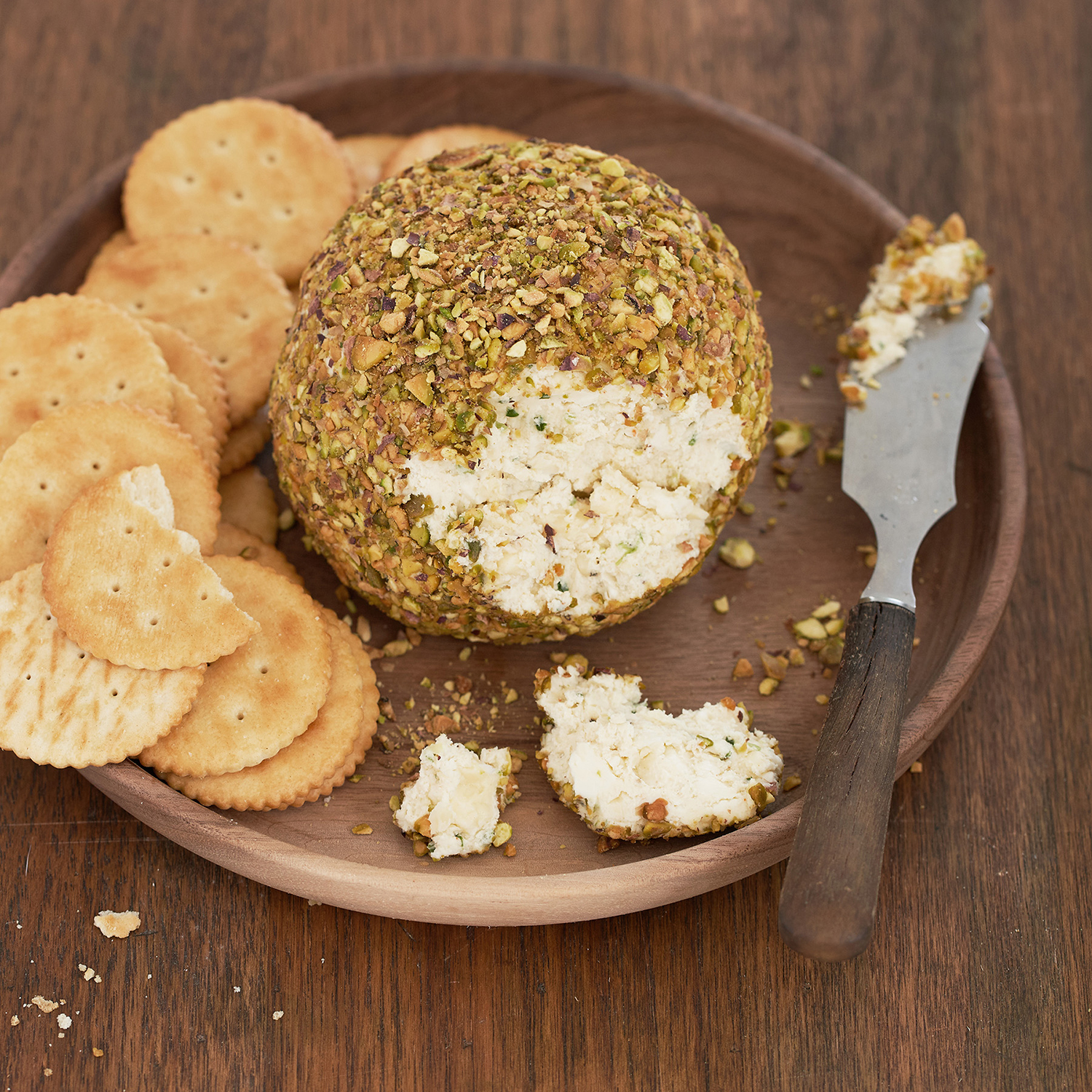 pistachio cheese ball