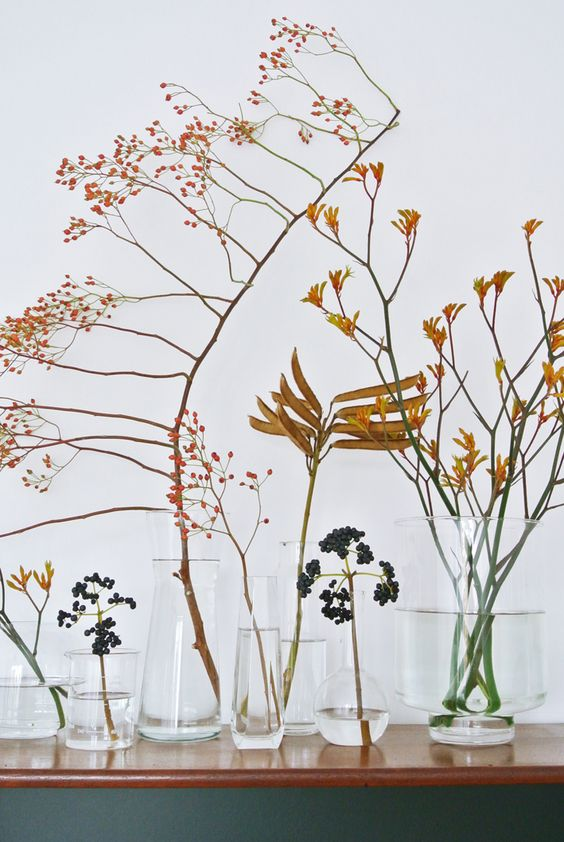 4. Or try styling with dried foliage and seeds.