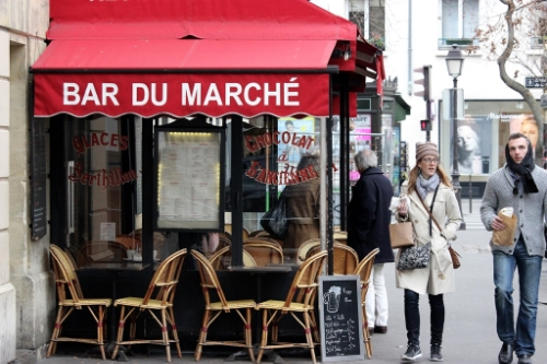 Classic. Simple. Parisian.