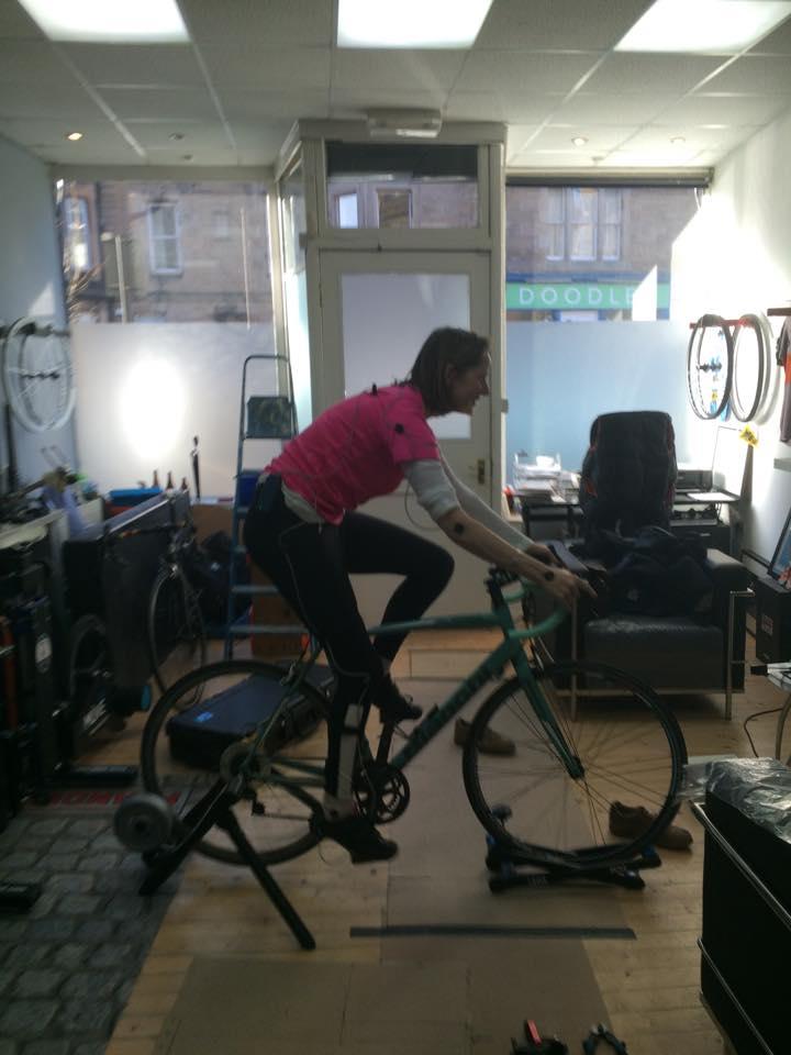 A go Between Studio