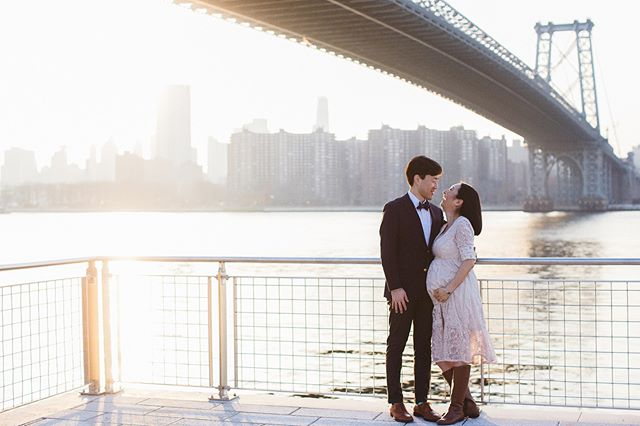 Nothing beats these New York City breathtaking backdrops especially when they help showcase this baby bump!