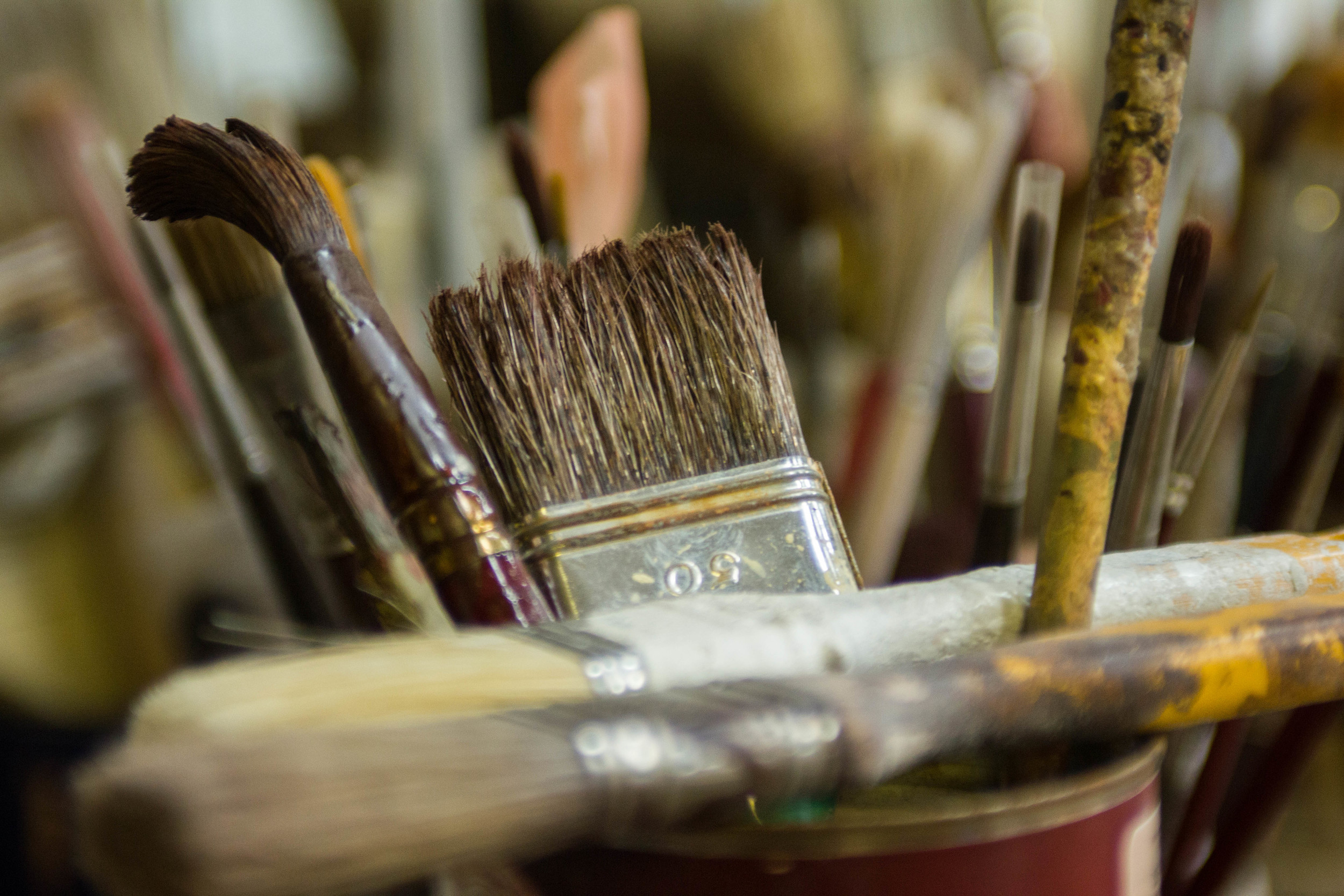 various gesso brushes