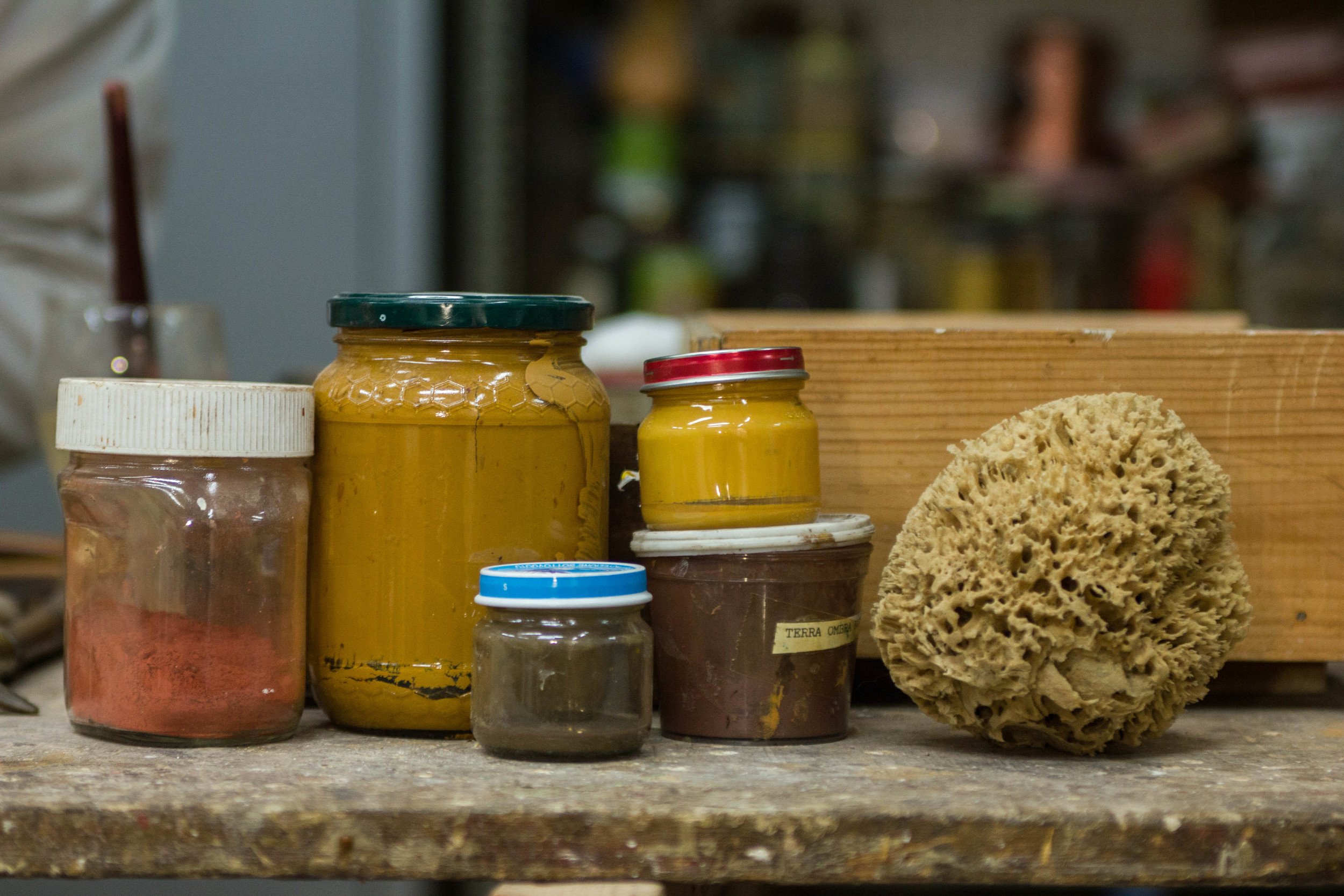 various containers of mixed bole