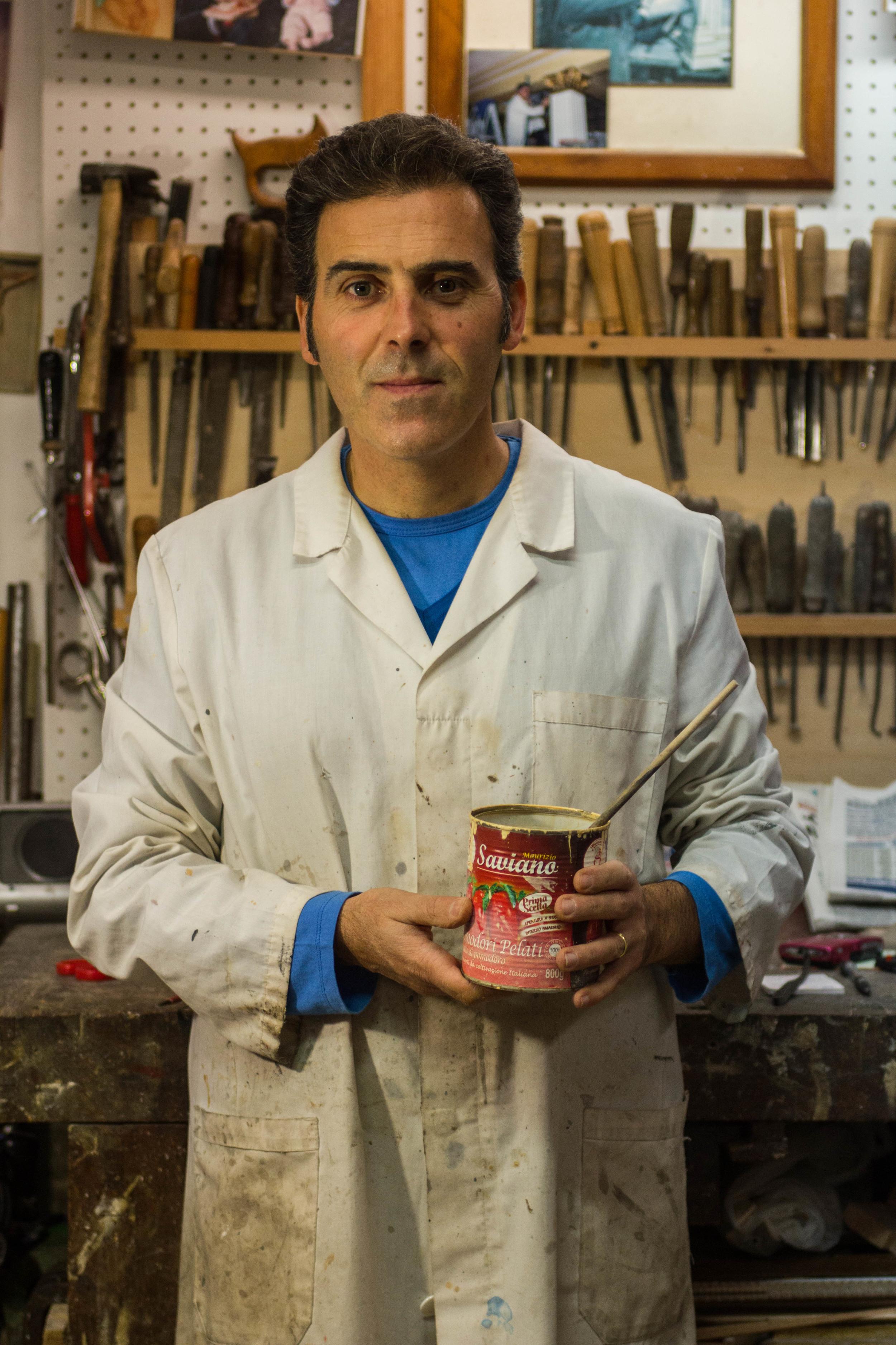 Maurizio prepares the bole