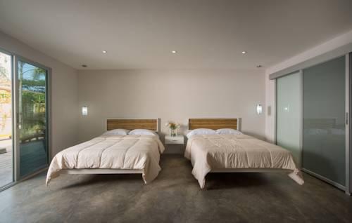 2. Tamarindo Room.jpg