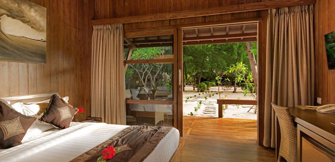 Gili-Trawangan-Lombok-Hotel-Rooms-Accomodation-Pearl-of-Trawangan-Teak-Cottages-05.jpg