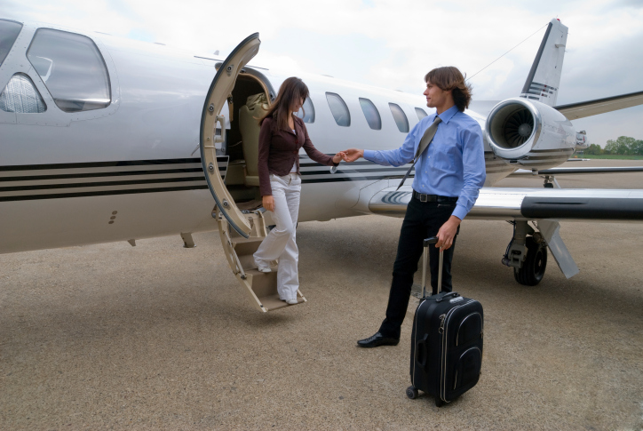 15-116057693-passengers-exiting-airplane.jpg