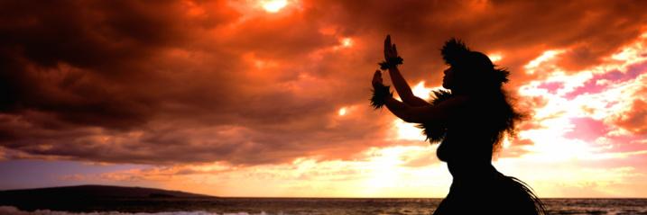 5-16059396-BigIsland-Hula-Dancer.jpg
