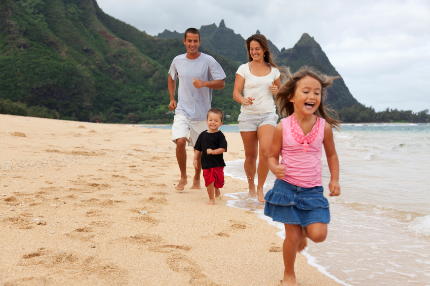 10-iStock_000008629693Small-family-fun-at-the-beach.jpg