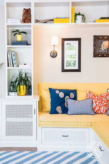 Bright Cozy Family Room 7.jpeg