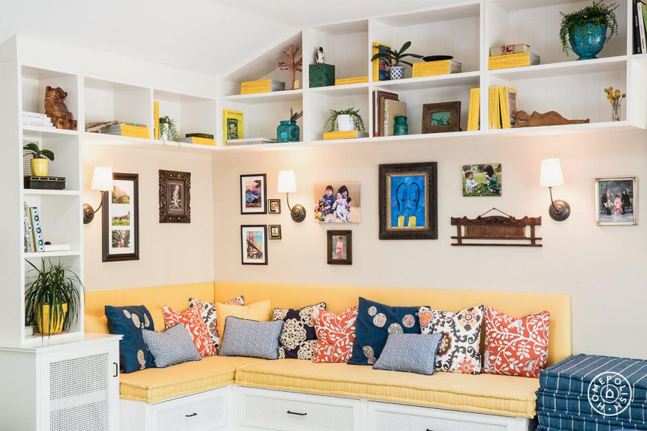 Bright Cozy Family Room 10.jpeg