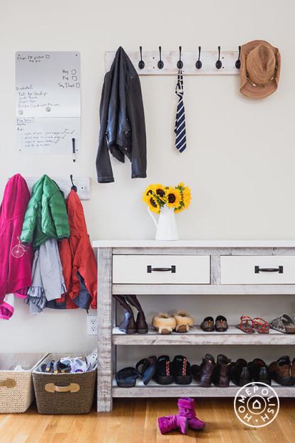 Bright Cozy Family Room 17.jpeg