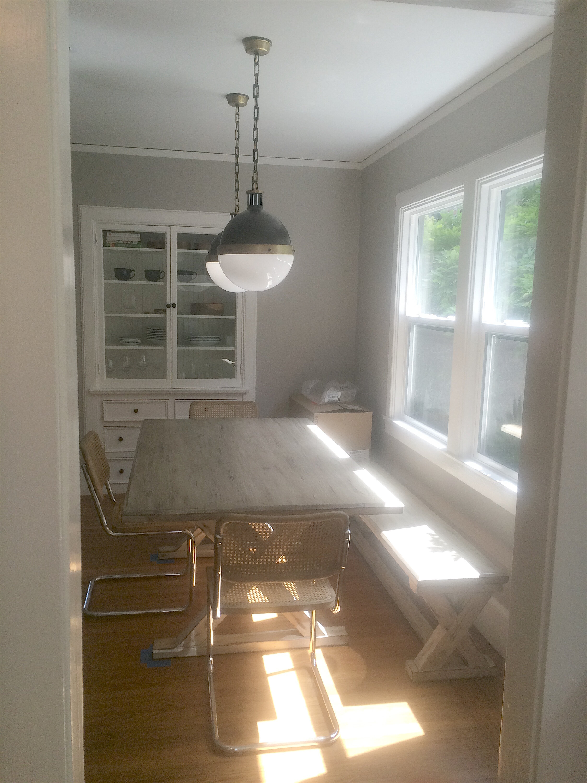 Dining Room with X-base Table and Bench