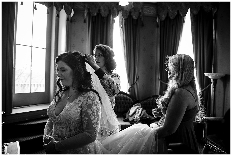 Eureka Springs Wedding-15.jpg