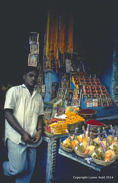 Lynne Auld_J_Temple Vendor_1994.jpg